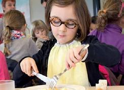Quelle assiette pour nos enfants à la cantine ?